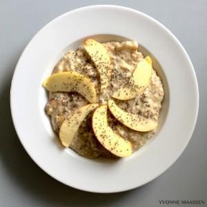 Peanut-Porridge mit Apfel - Kopie